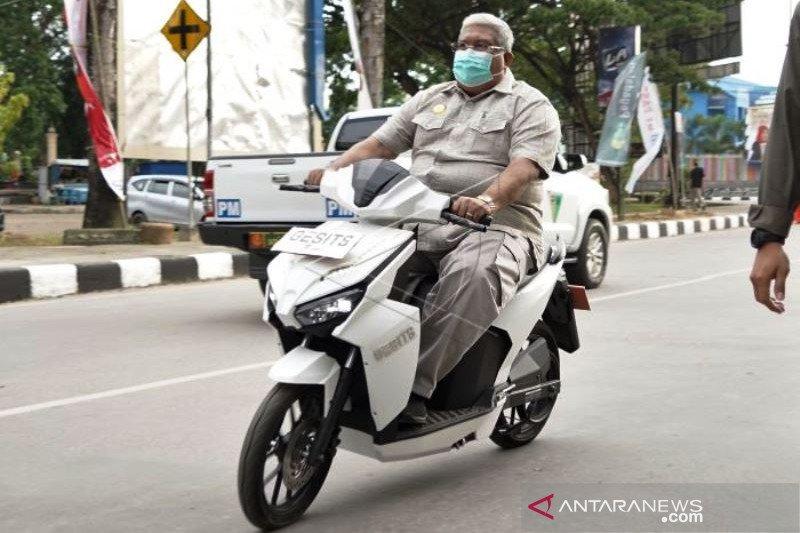 Peluncuran Sepeda Motor Listrik Di Kendari