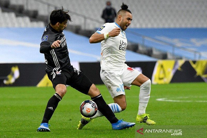 Marseille cuma bermain imbang 1-1 lawan 10 pemain Lyon