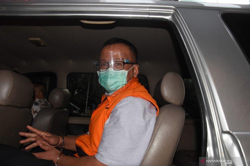 Edhy Prabowo mengaku tidak kenal Betty Elista