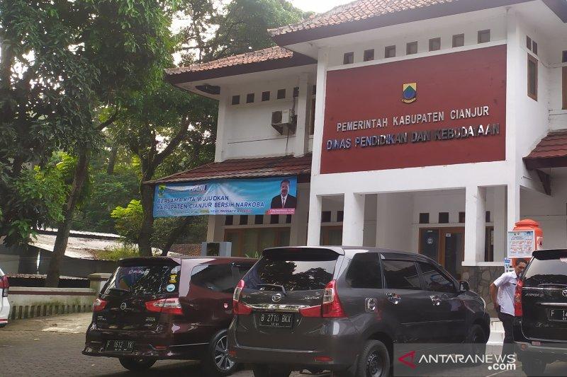 Dikbud Cianjur dorong pendidik SD kunjungi siswanya