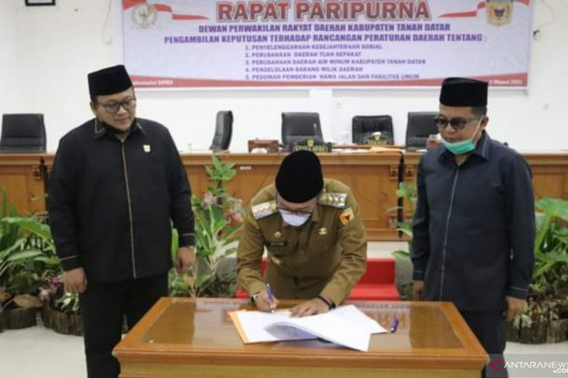 DPRD Tanah Datar setujui lima Ranperda jadi Perda, berikut daftarnya