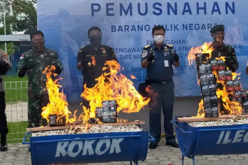 Bea Cukai Nunukan musnahkan 45.492 batang rokok tanpa cukai
