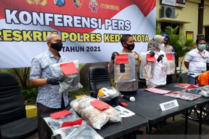 Polresta Kediri ringkus pelaku pembunuhan perempuan di hotel