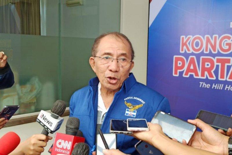 Politisi senior Max Sopacua: Kader Demokrat jangan takut dipecat
