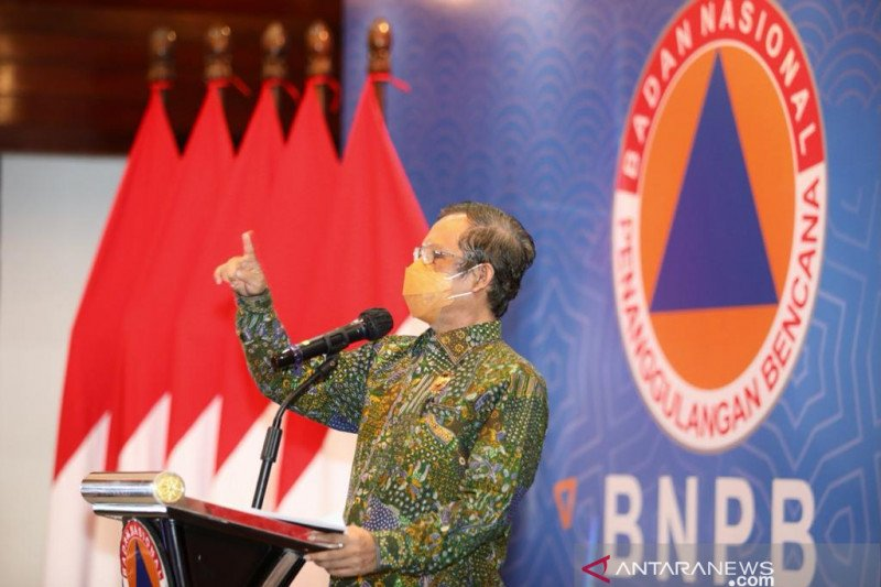 Menko Polhukam Mahfud MD: Karhutla setahun terakhir turun 82 persen