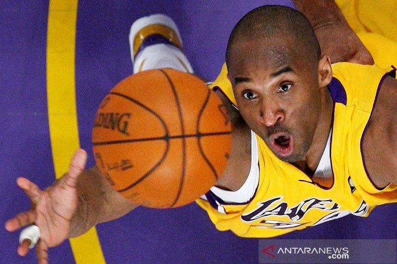 Kobe Bryant diabadikan  dalam Hall of Fame