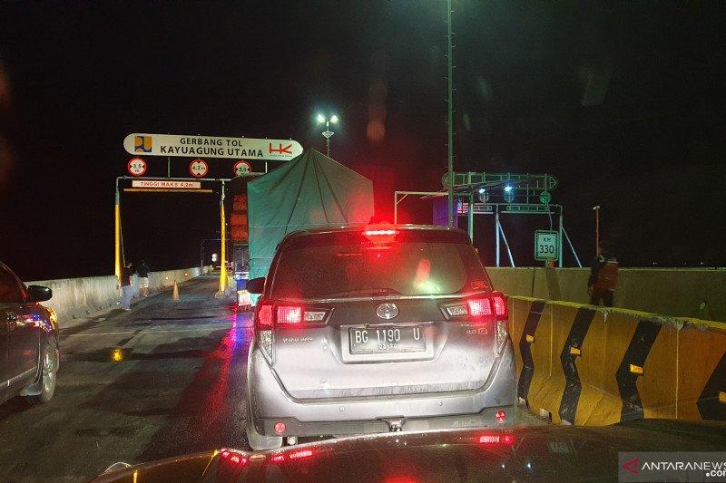 Pengguna tol Palembang-Lampung keluhkan  jalan bergelombang