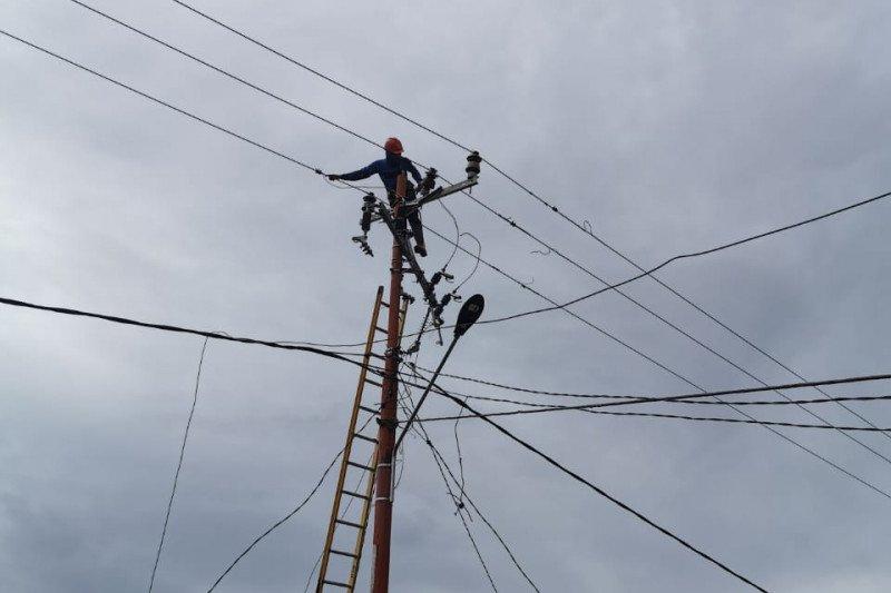 PLN UIW Sulselrabar pulihkan gardu listrik terdampak banjir di Jeneponto