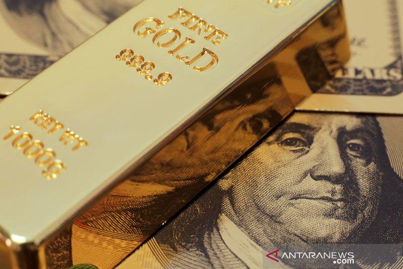 """Harga Emas jatuh 8,1 dolar tertekan kenaikan imbal hasil dan """"greenback"""""""
