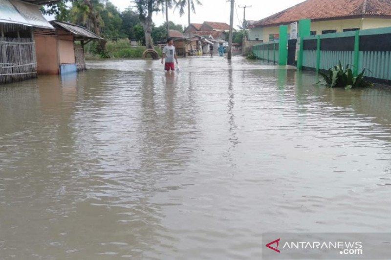 Banjir masih genangi tiga desa di Kabupaten Bekasi