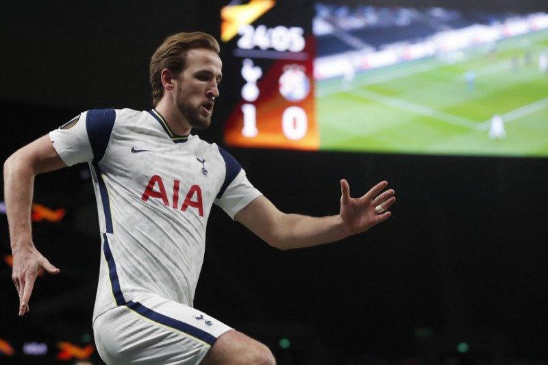 Real Madrid pantau bintang Tottenham Hotspur Harry Kane