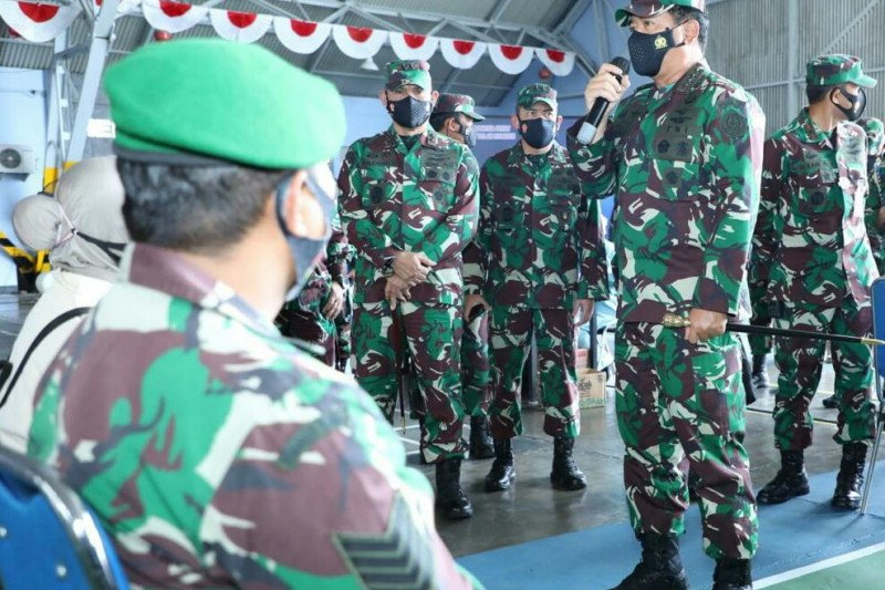 Panglima TNI pimpin vaksinasi COVID-19 prajurit TNI di Yogyakarta