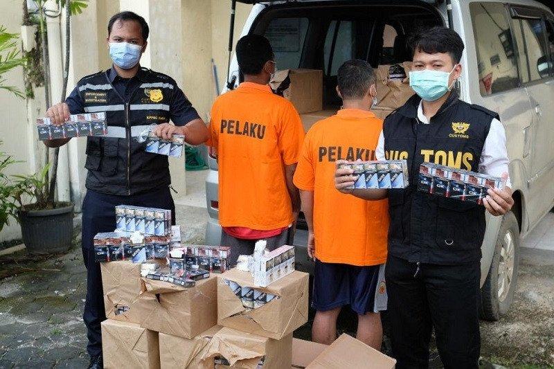 KPPBC Kudus sita 1,5 juta batang rokok ilegal dan 15.800 keping pita cukai palsu