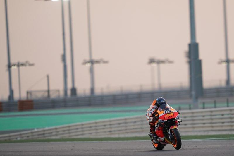 Debu dan angin kencang menutup tes pramusim MotoGP di Qatar