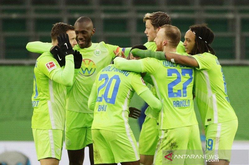 Wolfsburg bantai Schalke 5-0, Mainz tinggalkan zona degradasi