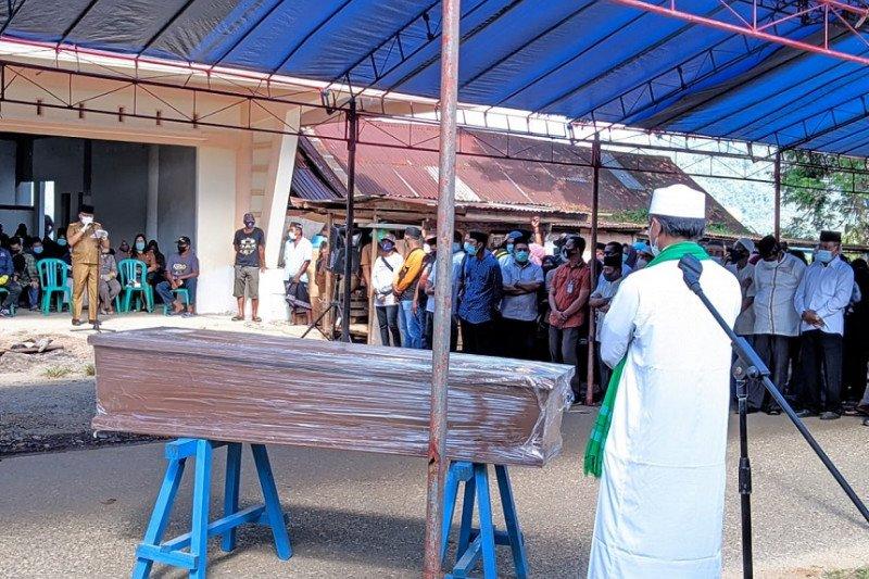 Jenazah Idham Ibrahim dimakamkan, Delis: Morut kehilangan putra terbaik