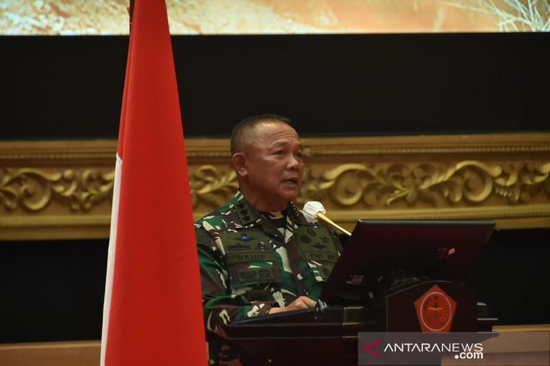 Presiden Joko Widodo lantik Ganip Warsito sebagai Kepala BNPB