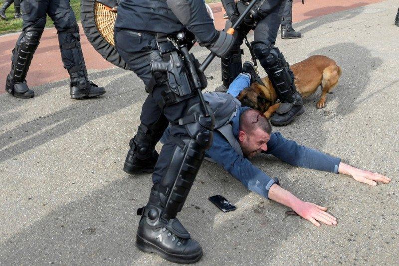 Belanda  bakal perpanjang 'lockdown'