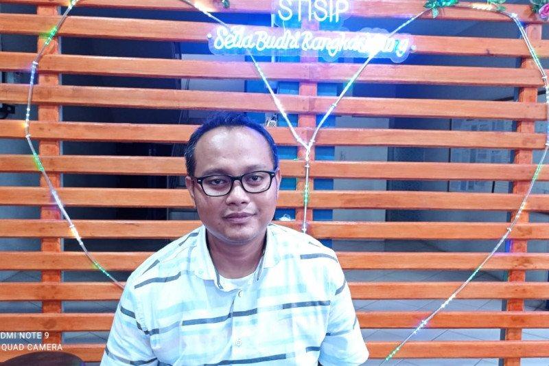 Pengamat politik: Kelompok tak suka Jokowi sebar narasi presiden tiga periode