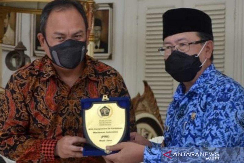 """Meresahkan, Wakil Gubernur minta PWI Jawa Barat tertibkan wartawan """"bodrek"""""""
