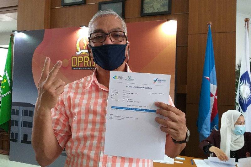 DPRD minta Pemprov Jabar tuntaskan vaksinasi guru sebelum belajar tatap muka