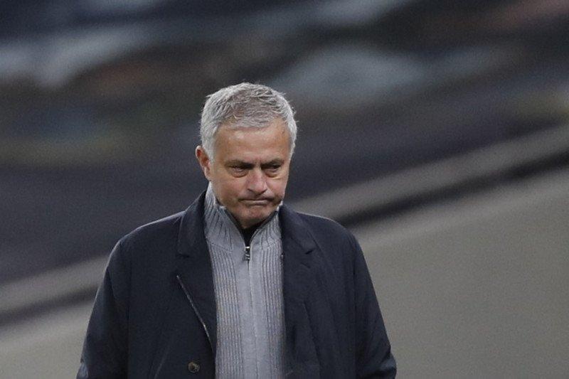 Para pemain Tottenham dituding tidak menghormati Jose Mourinho