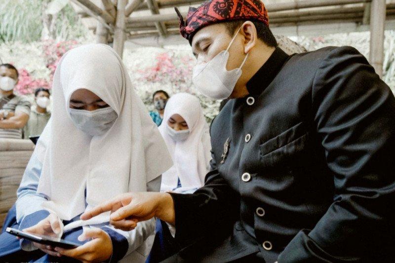 Dinas Pendidikan Jabar apresiasi PGN bantu tablet