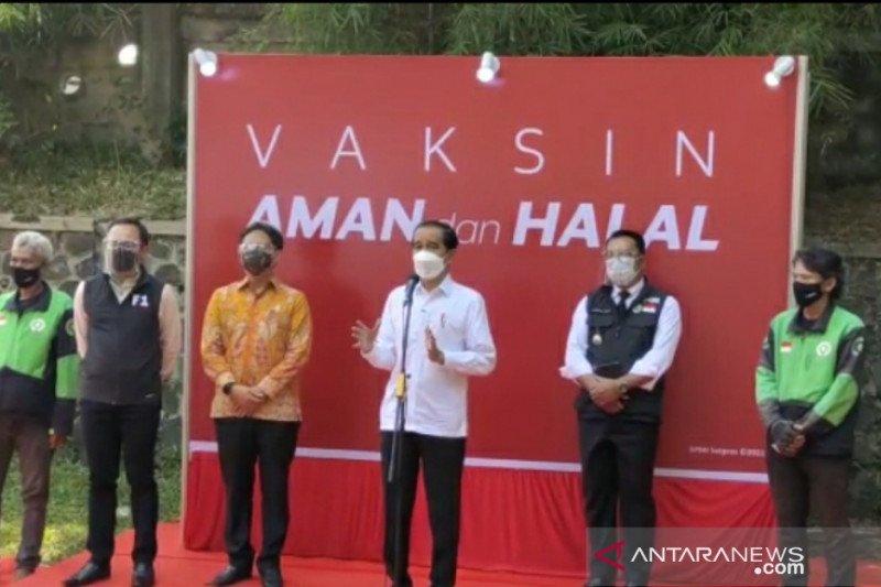 "Presiden Jokowi : Vaksinasi dengan cara ""drive thru"" bisa dicontoh daerah lain"