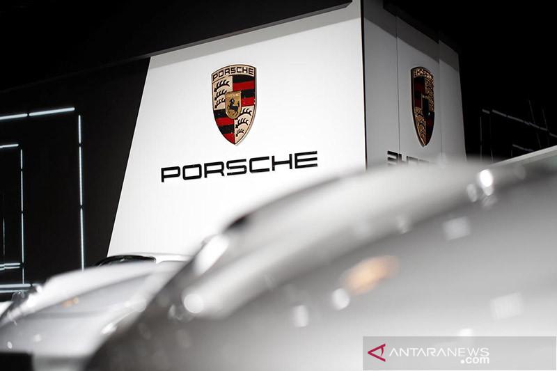 Porsche buat baterai sendiri bersama dengan Customcells di Jerman