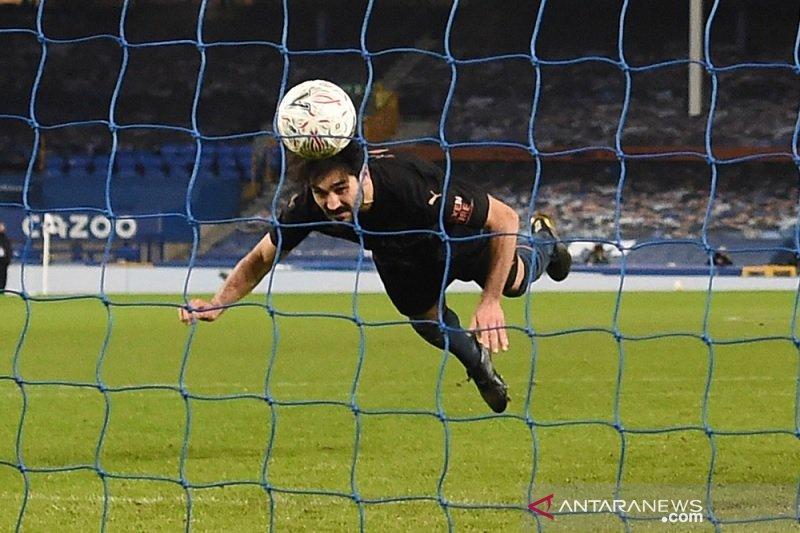 Dua gol menit-menit akhir lempangkan jalan Man City ke semifinal Piala FA
