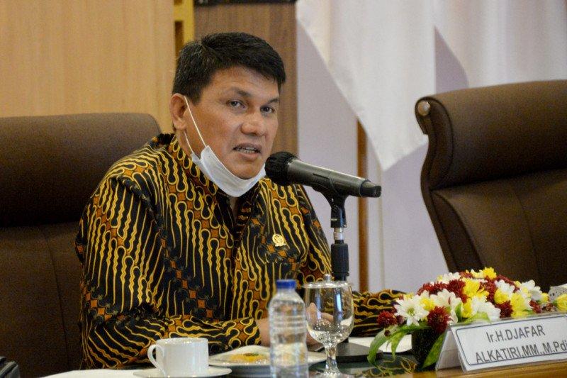 DPD RI mengawasi implementasi UU Desa di DIY