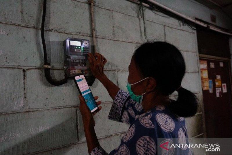 PT PLN Papua salurkan stimulus bagi 86.413 pelanggan