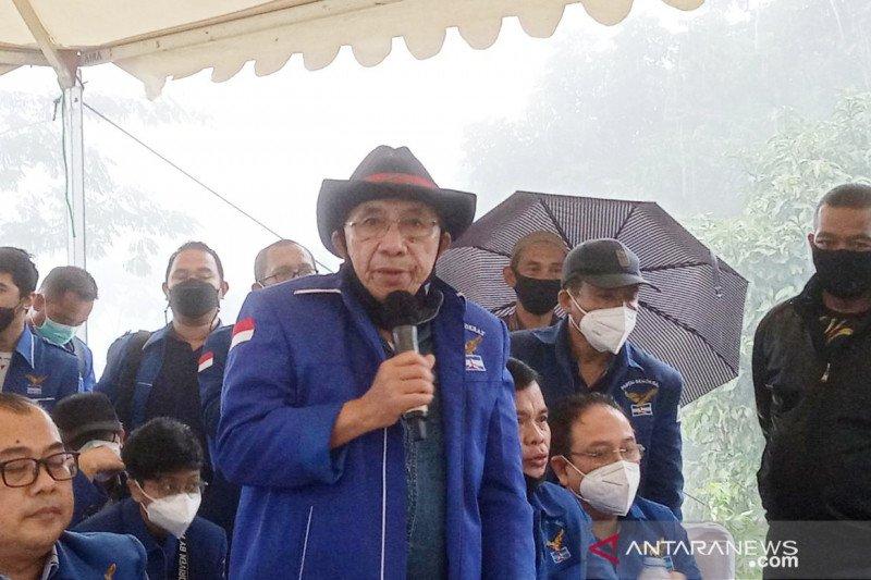 Max Sopacua ungkap alasan Partai Demokrat versi KLB jumpa pers di Hambalang
