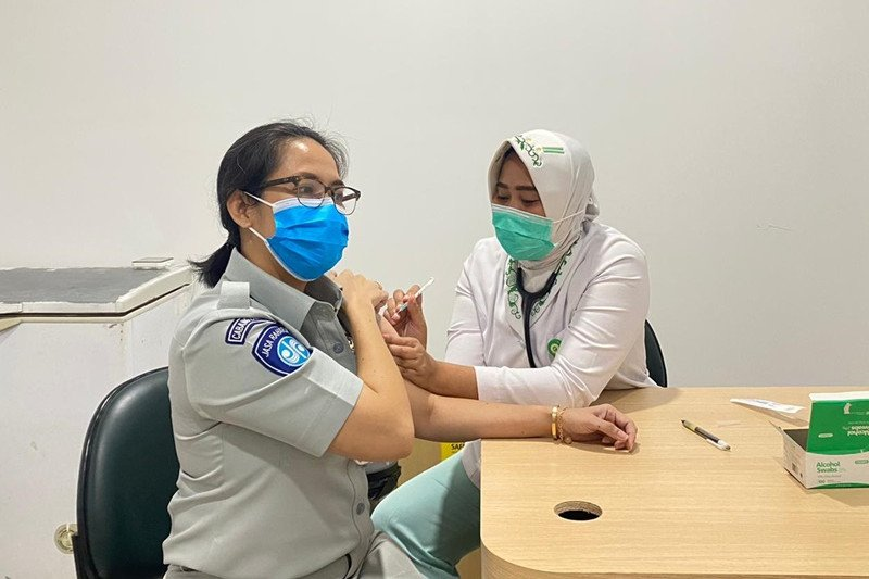 Jasa Raharja Lampung telah jalani vaksinasi COVID-19