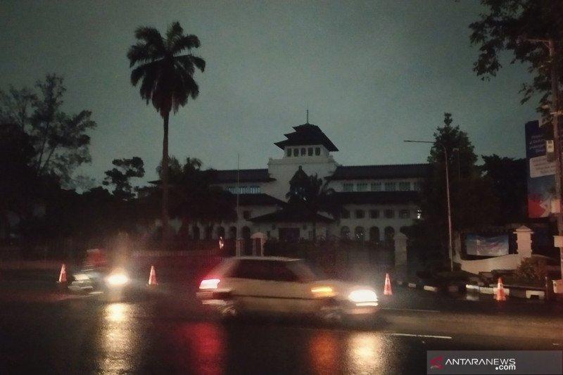 Lampu Gedung Sate dan DPRD Jawa Barat dimatikan peringati Earth Hour