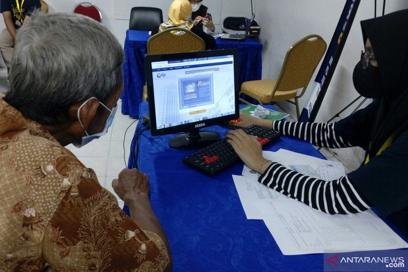 Target 80 persen, sudah 202.008 Wajib Pajak di Riau lapor SPT