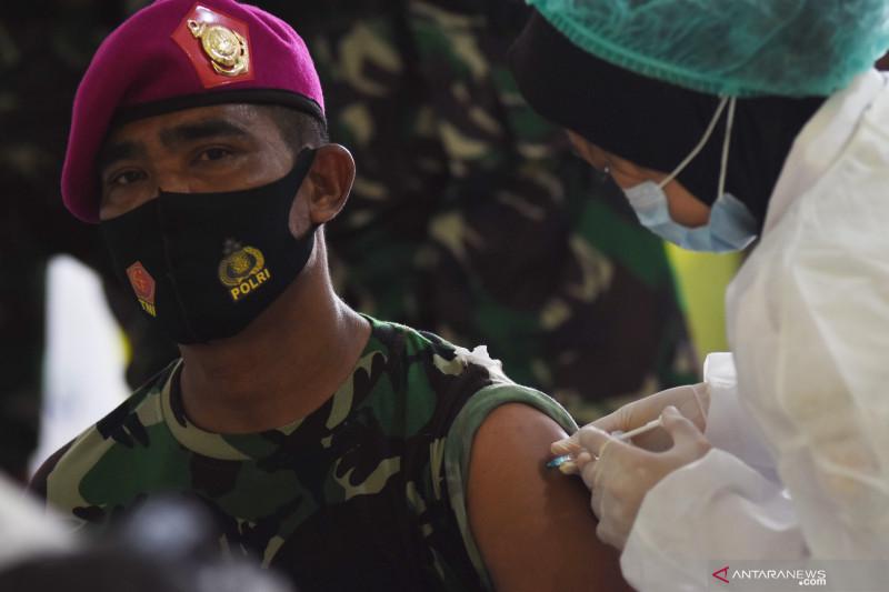 Kemarin, penanganan pandemi dengan TI sampai percepatan vaksinasi