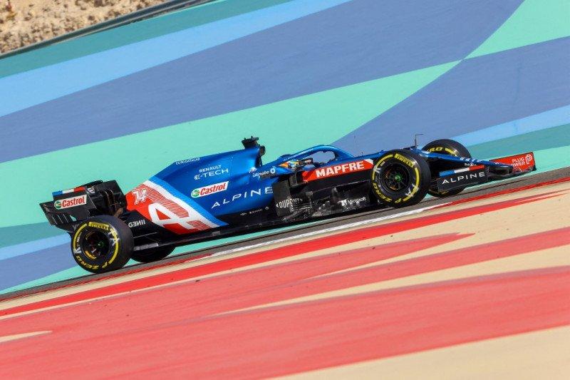 Alonso gagal finis di Bahrain karena bungkus sandwich