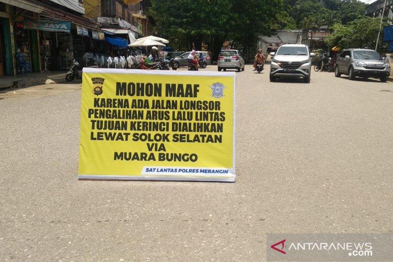 Jalan Bangko-Kerinci sudah bisa  dilalui kendaraan