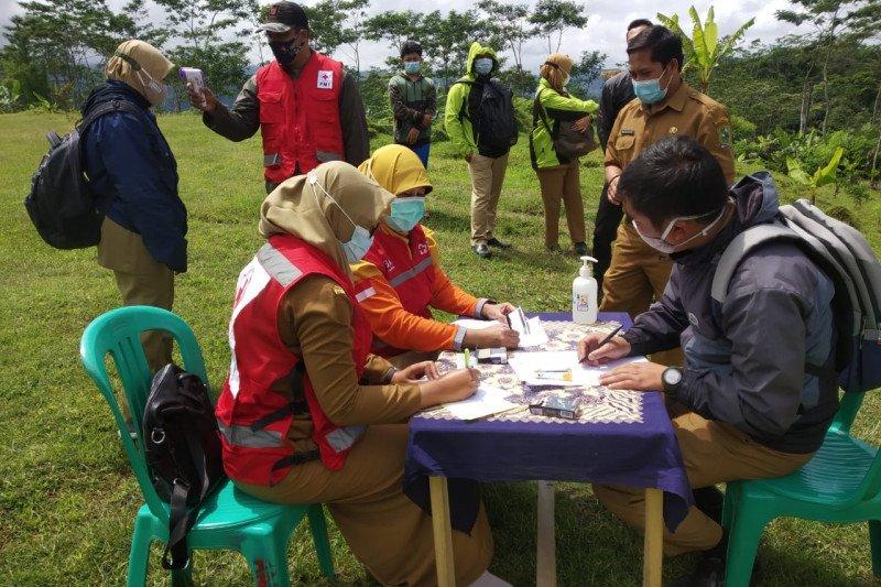 Pemkab Banjarnegara apresiasi tes antigen bagi guru