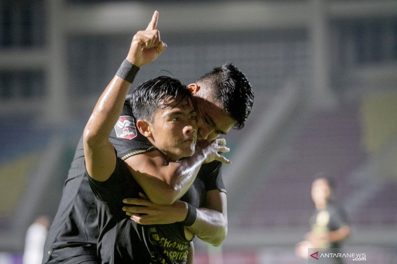 Piala Menpora - PSIS dan Barito Putera lolos ke delapan besar