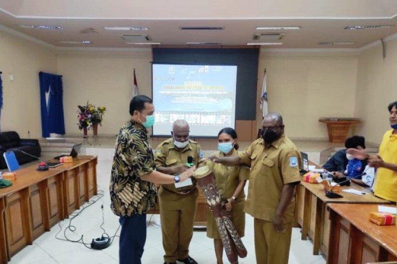 Kominfo Kabupaten Jayapura gelar pelatihan instalasi jaringan VSAT