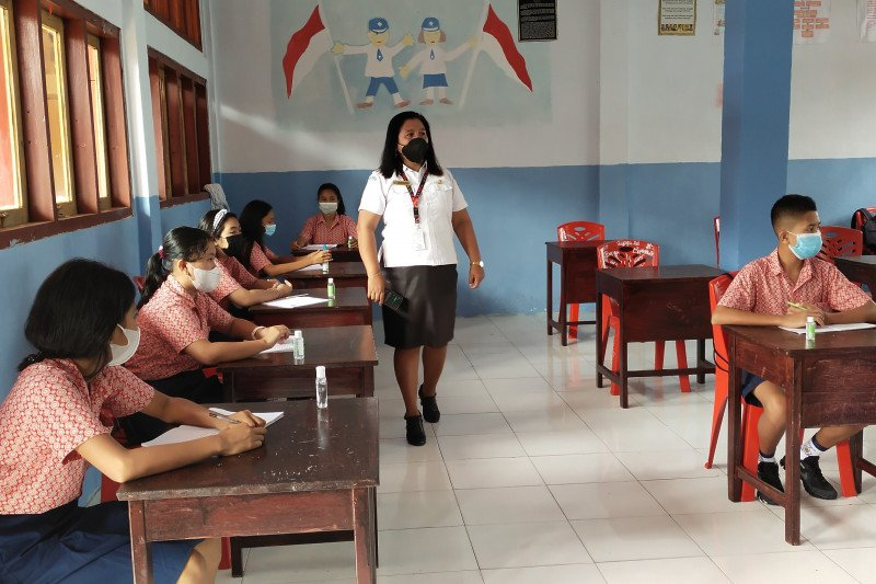 Sekolah di wilayah pegunungan 'Bumi Cenderawasih' mulai KBM tatap muka