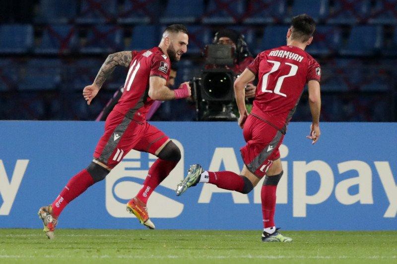 Armenia puncaki Grup J setelah bekuk Rumania 3-2