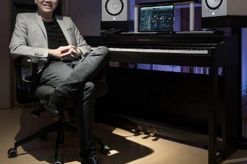 """Elwin Hendrijanto, dari musik klasik sampai  """"scoring"""" game MOBA"""