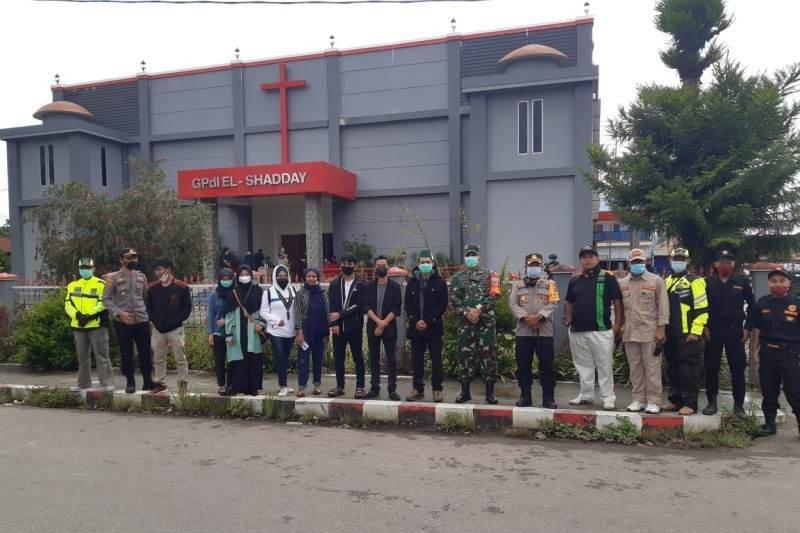 Polres Jayawijaya kerahkan 100 personel mencegah kejahatan di gereja