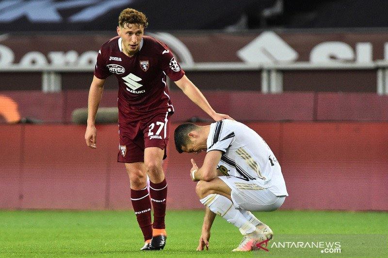 Torino imbangi Juventus 2-2