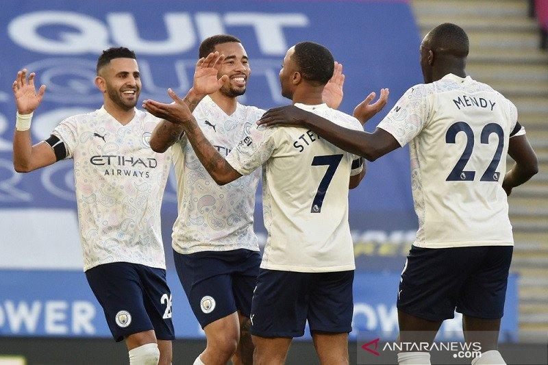 Manchester City kini unggul 17 poin di puncak