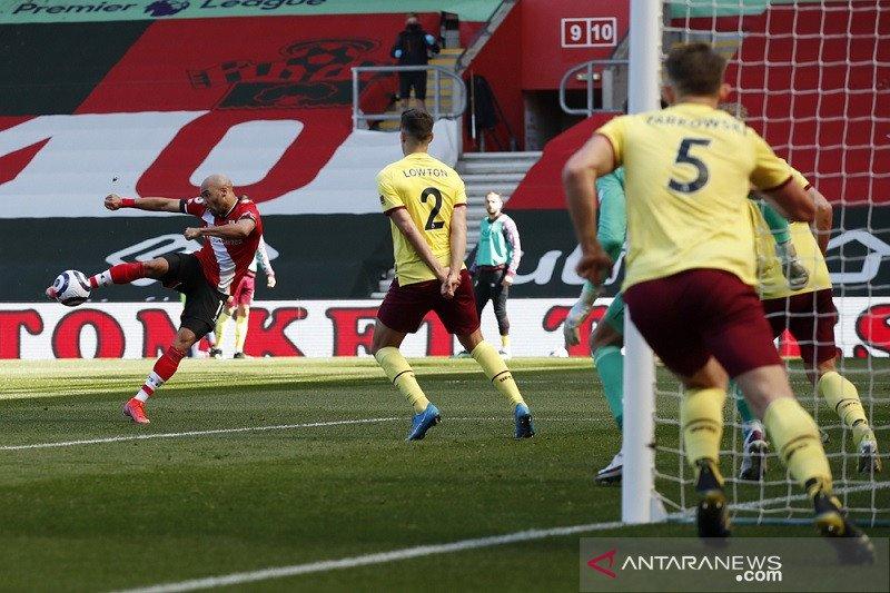 Southampton bangkit dari ketertinggalan saat kalahkan Burnley 3-2