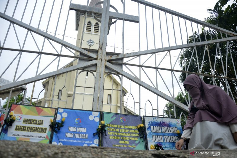 Total 31 terduga teroris ditangkap usai bom bunuh diri di Gereja Katedral Makassar